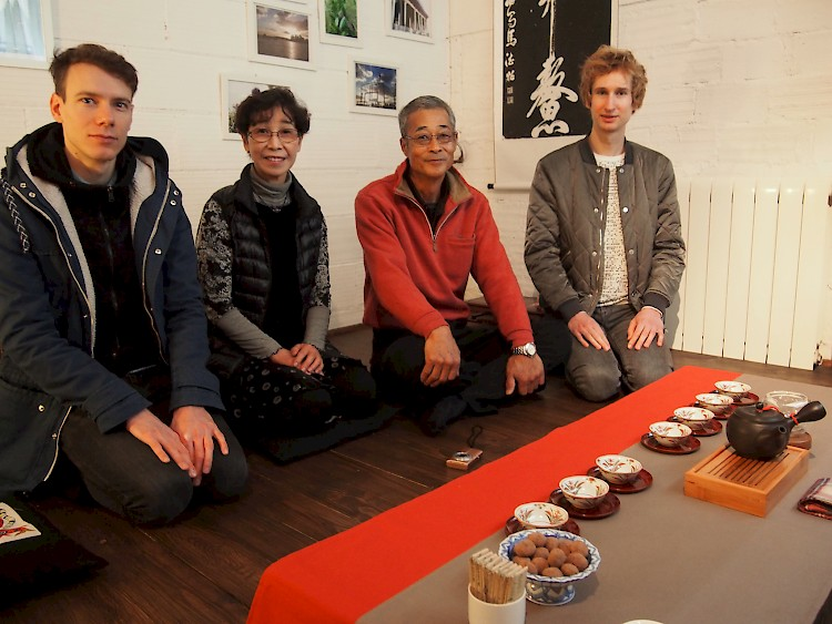 Haruyo Morimoto, Shigeru Morimoto and Marimo in an absolutely beautiful Chinese tea house in Barcelona