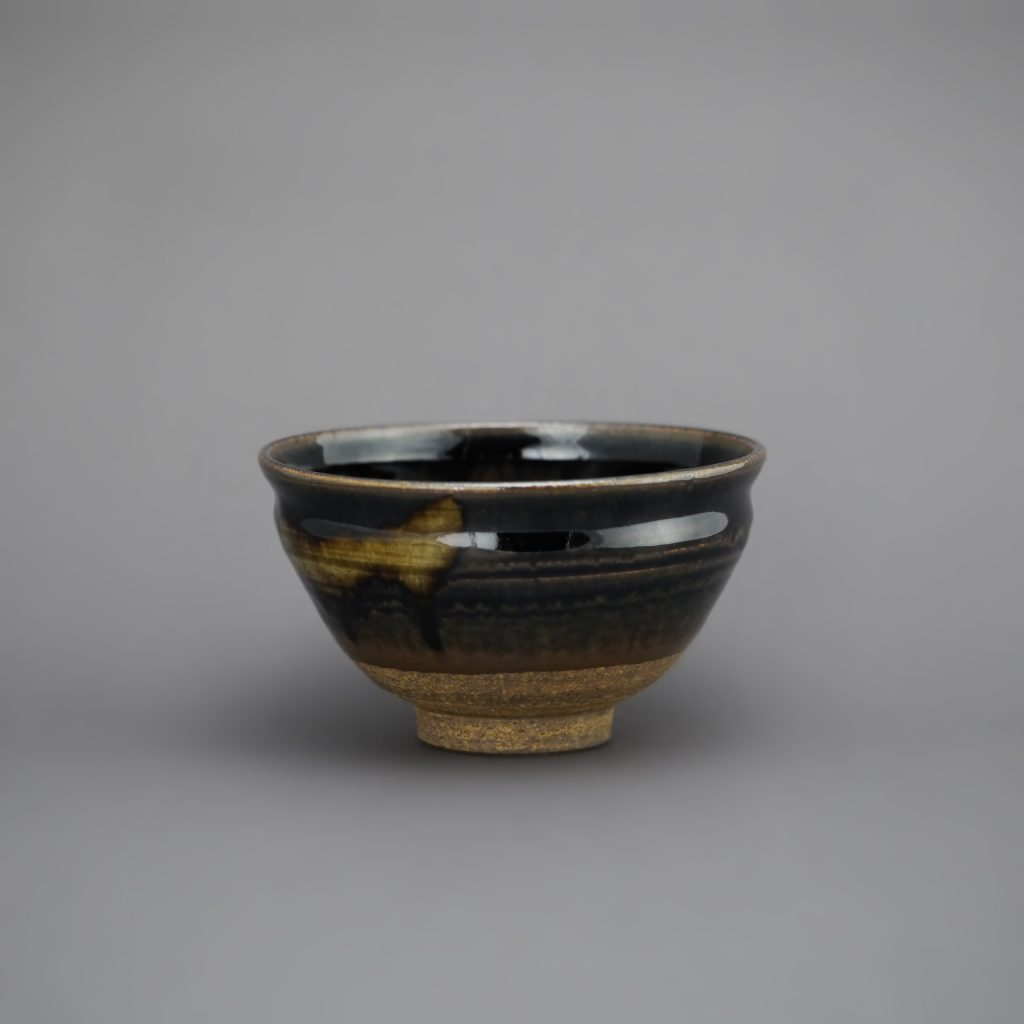 Bol à matcha Temmoku avec glaçure Ko-Seto [Ko-Seto Tenmoku chawan] de KATO Juunidai [KATO Hiroshige], la 12e génération de la famille de la céramique KATO